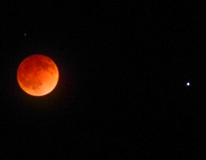 Blood moon total eclipse, 4/14/2014