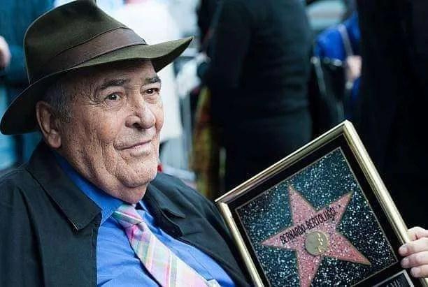 Risultati immagini per Bernardo Bertolucci saluto