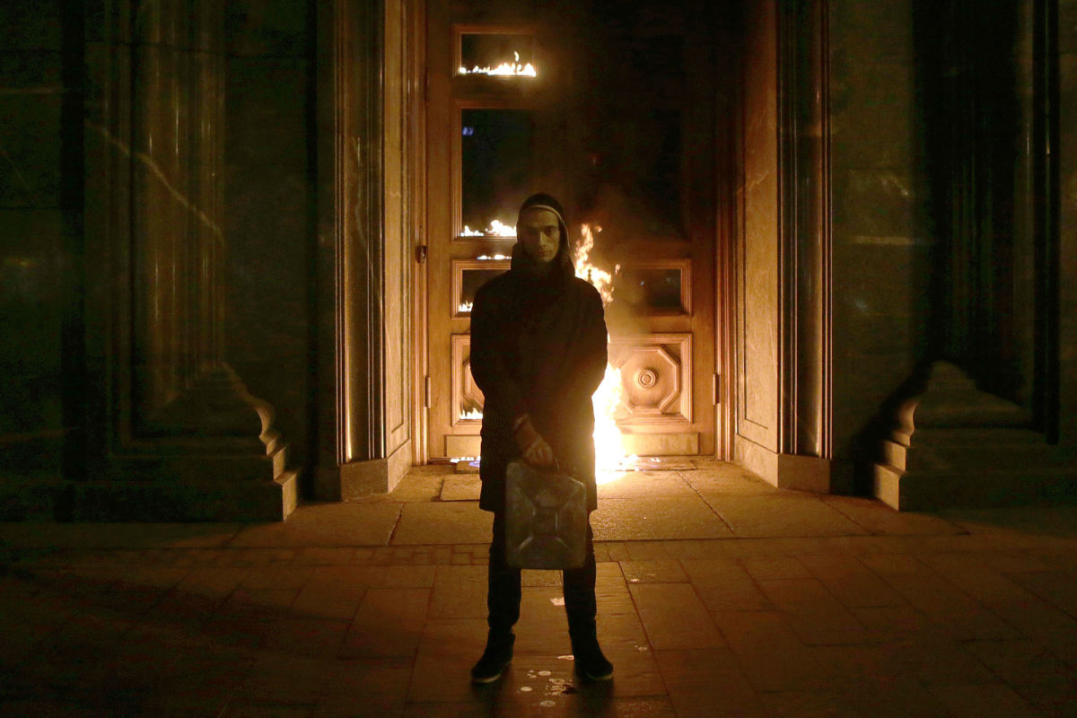 The protest artist Petr Pavlensky, who this week set fire to the door of Russia's secret-police headquarters, has outsmarted the authorities by making their reaction part of his performance.