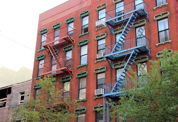 Fire escapes NYC(1)