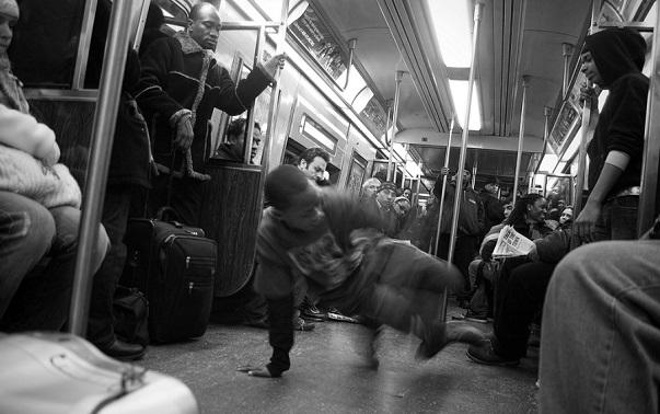 NYC_subway_dancers_blog