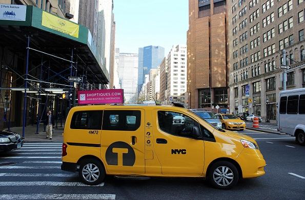 Taxi_near_3232_blogg(2)