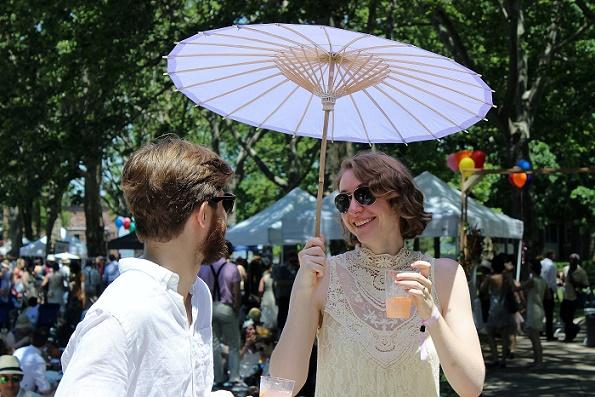 Umbrella_Couple