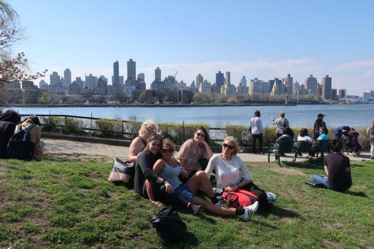Girls_gang_Socrates_Sculpture_Park_Queens