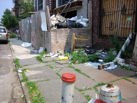 130 Scholes Street Trash