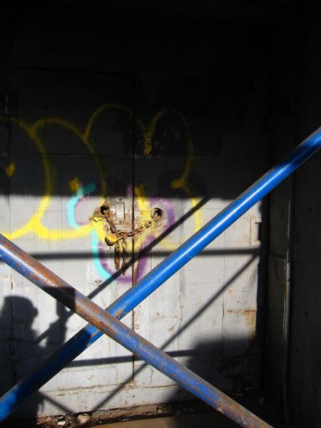 shadowandspraypaint