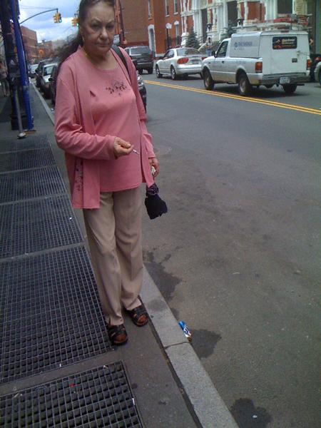 lady in pink smokingLUIB