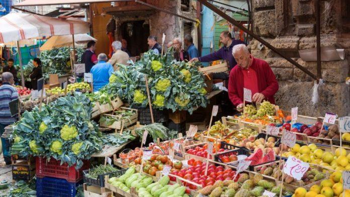 farmers - market - italy