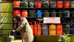 Cylinders halt cooking gas plan
