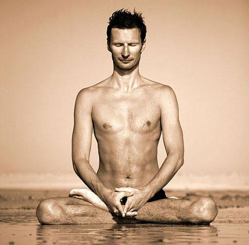 Варианты устойчивых поз для медитации