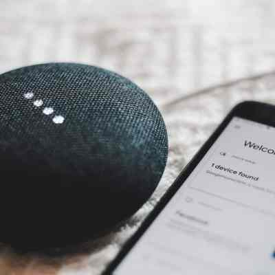 Features Should You Consider Before Choosing A Smart Assistant?