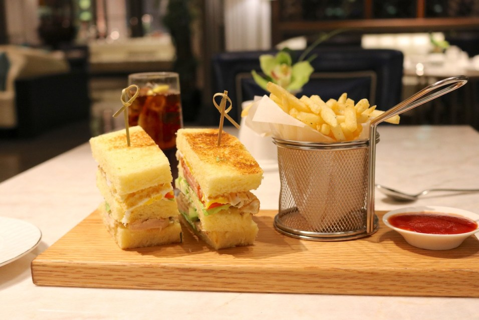 Social restaurant - St Regis Club Sandwich