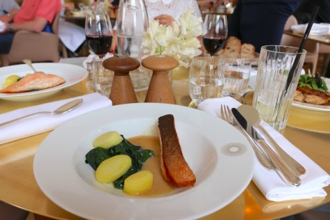 Ore restaurant by Ducasse - Salmon steak, spinach and lemon juice