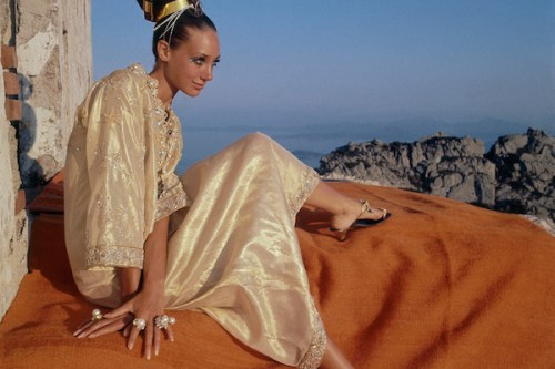 http://tmagazine.blogs.nytimes.com/2011/09/27/chatting-up-marisa-berenson/?_r=0