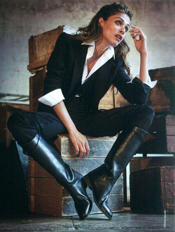 editorial with black shirt and boots