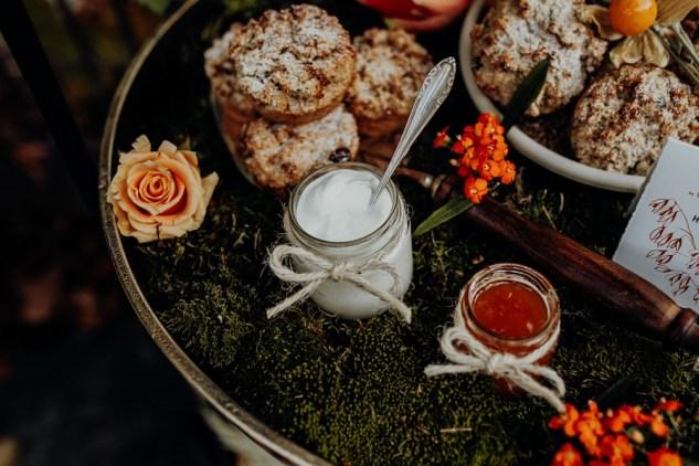 Love rocks Styled Shooting: Concept – Wedding Dreams Salzburg, Fotos – The Click Wedding, Flowers – Lidwina Blumen, Papeterie – Tiwa Design, Story – Schöngeist
