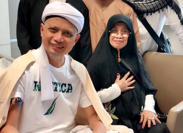 Kondisi Semakin Membaik, Ustadz Arifin Ilham: Sudah Sarapan Walau Masih Pelan-pelan