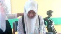 Siswi Pintar Aceh Menangis Kelaparan