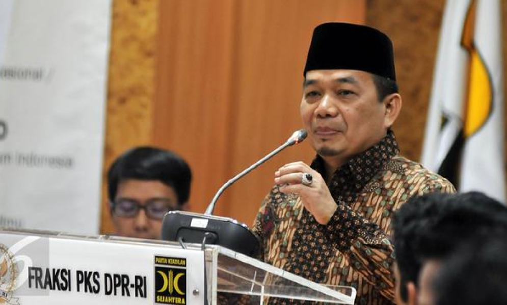 Fraksi PKS DPR Potong Gaji Bulan Maret Untuk APD Bantu Pahlawan Medis
