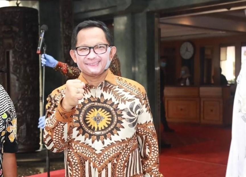 Mendagri Tito Lomba New Normal