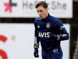 Bukan Hanya Bangga Jadi Muslim, Mesut Ozil juga Bahagia Sambut Ramadhan