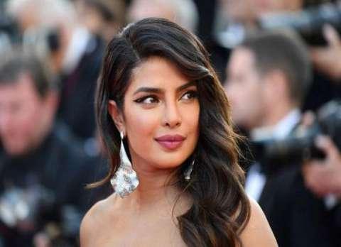 """هل النجمة الهندية """"بريانكا شوبرا"""" أصبحت بالفعل خادمة بالسعودية؟ 3 24/11/2020 - 4:51 م"""