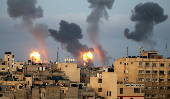 Gaza Militants Israel Trade Rocket Fire Airstrikes