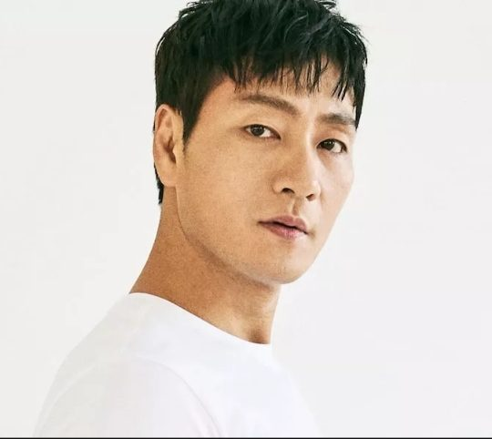Park Hae-soo Biography, Wiki, Net worth, Age, Wife, Kids, Parents, Squid Game, Pictures