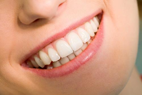 Trồng răng giả mất thời gian bao lâu để hoàn tất ?