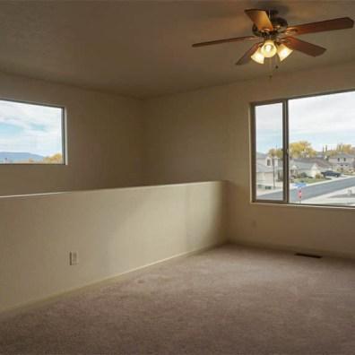 2996 Osprey family room