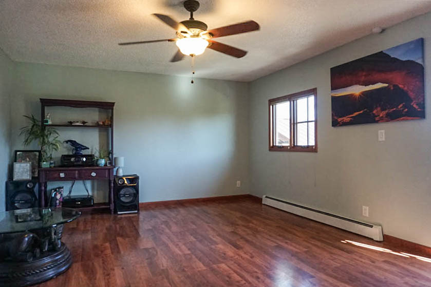 Family Room has pergo flooring and access to the back yard.