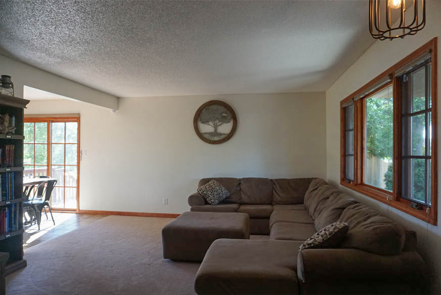 Living Room of 2575 Young Ct