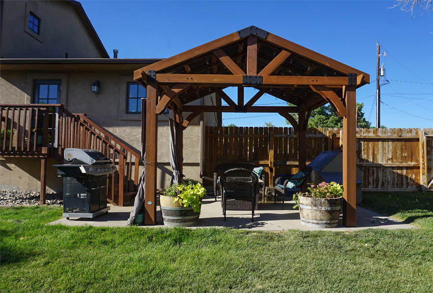 Pergola covered back patio at 2575 Young Ct