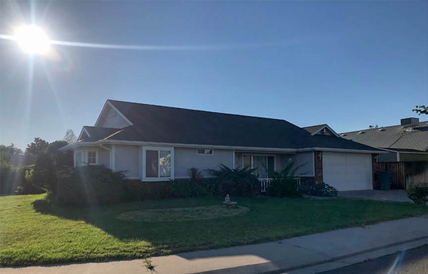 653 Fenton St, a 3 bedroom, 2 bath home in the north area of Grand Junction. Vaulted ceilings in the living & dining rooms, and a large kitchen with lots of storage.