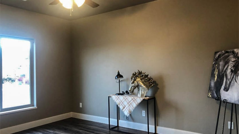 Front bedroom of 1329 Niblick Way, Fruita