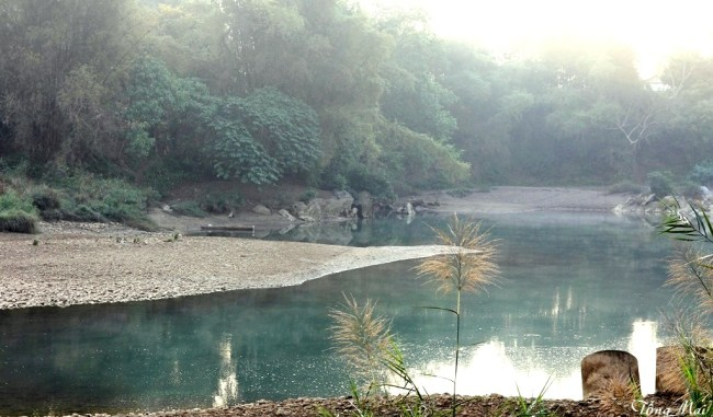 Sông Miện sau Trường Xuân Resort. Photo: TongMai