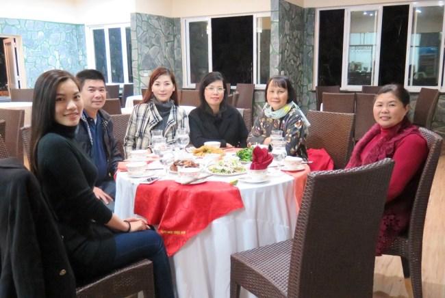 Trường Xuân Resort – Tien, Thao, Huong, Mai, Ha (chu cua Truong Xuan Resort)