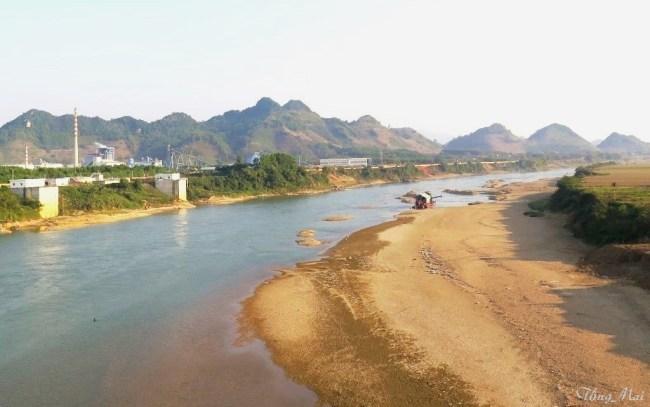 Sông Lô. Photo: TốngMai