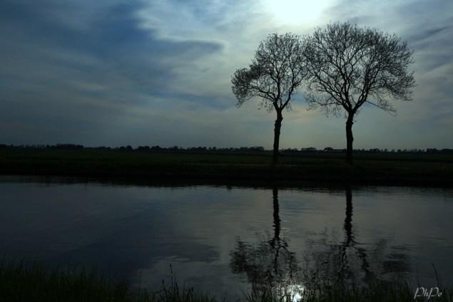 O nuit, ô laisse encore à la terre Le calme enchantement de ton mystère - Photo: PhPo