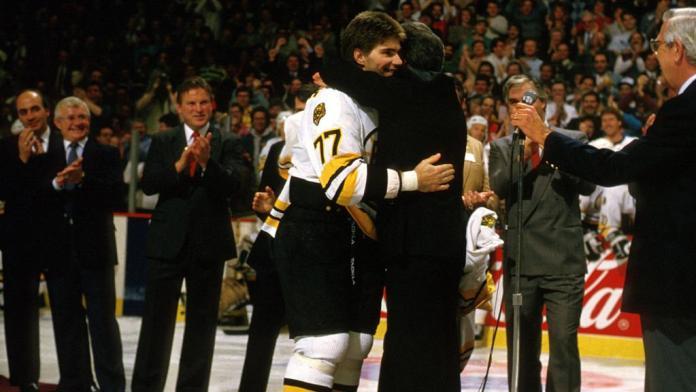 Phil Esposito December 3 NHL History