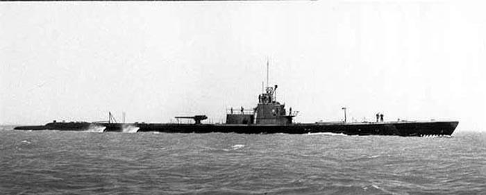 USS Grayback 208a