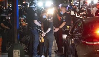 De Blasio calls on Cuomo to apologize to NYPD as petty feud continues despite riots