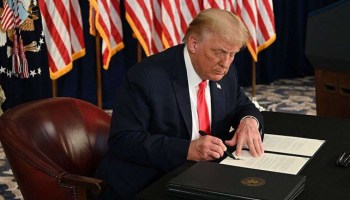 Trump orders $400 weekly unemployment payments amid COVID crisis, accuses Dems of stonewalling