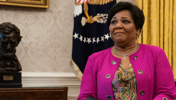 Alice Johnson receives full pardon from President Trump