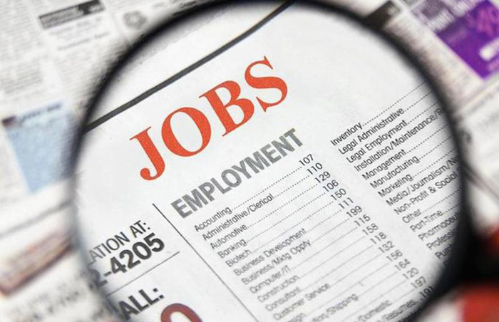 ECONOMY US private employers add 749,000 jobs in September, topping expectations