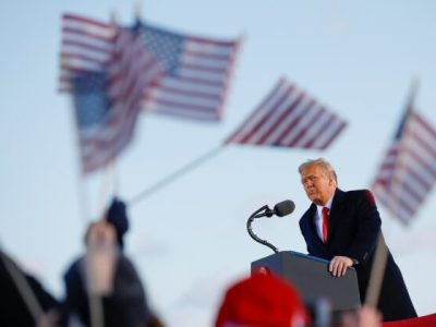 Trump Leaves Washington, Tells Supporters 'We Will Be Back in Some Form'