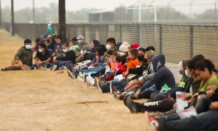 GOP Senators Urge Biden to Take Swift Action to Address 'Tragedy' at Southern Border