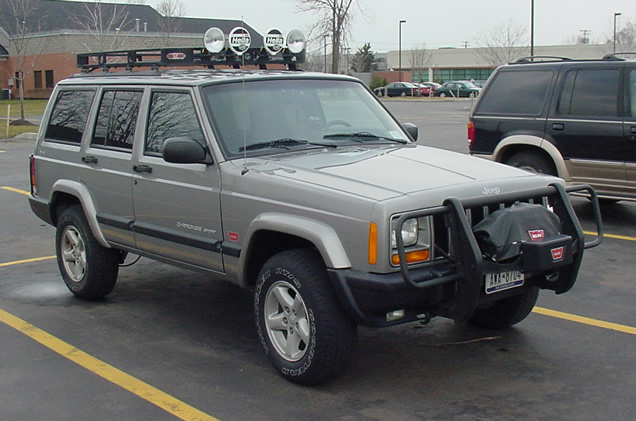 2000 Cherokee with out lift kit.