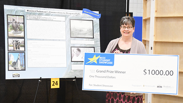 Student Showcase grand prize winner Stephanie Chandler