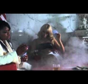 , Video: Glasser –  'Treasury of We' (live)